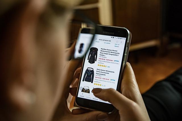 Zakupy bez wychodzenia z domu – co na pewno musimy wiedzieć o e-sklepach