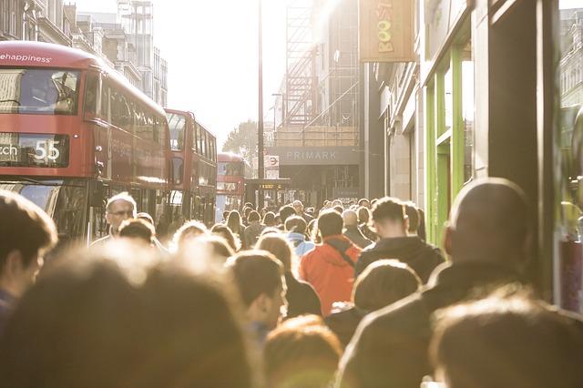 Jak Polacy radzą sobie ze służbą zdrowia w UK?
