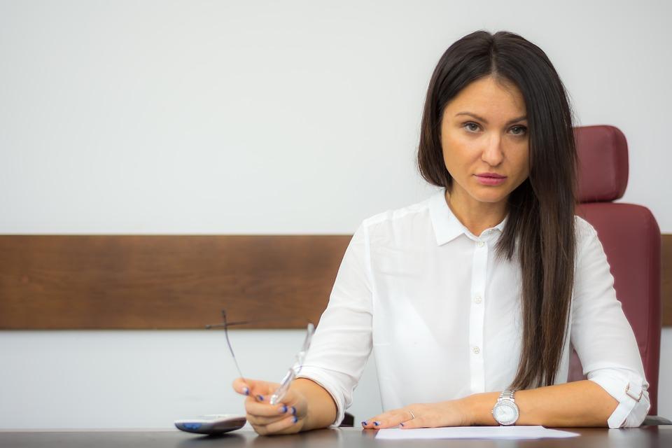 Dlaczego warto jest skorzystać z usług adwokata?