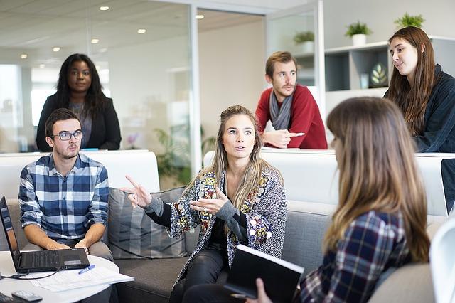 Co za korzyści niosą ze sobą szkolenia menedżerskie?