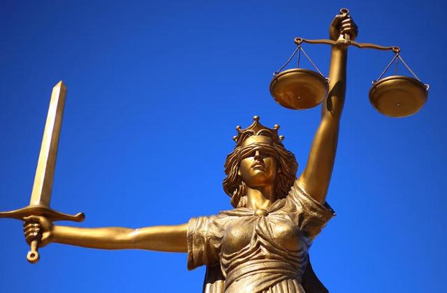 Czym zajmuje się radca prawny?